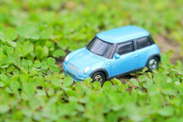 半農生活に使うのは4WD車でなければならないか。